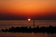 美川灯台前標識灯の夕陽