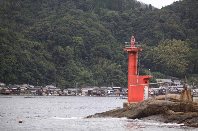伊根港亀山灯台