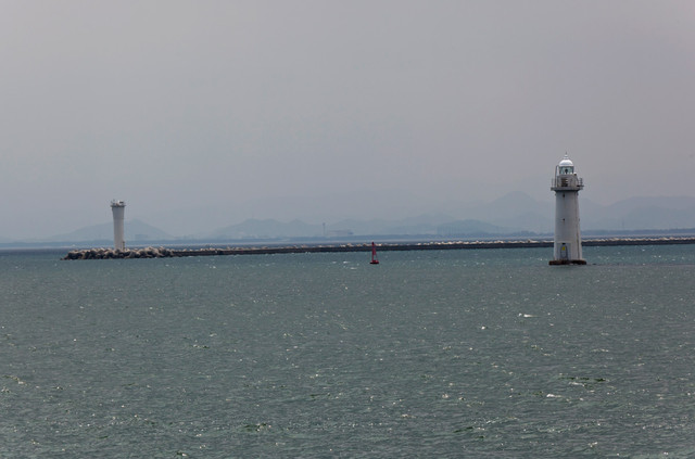 境港防波堤灯台