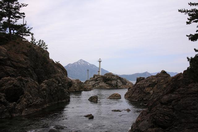 若狭高浜港島堤灯台